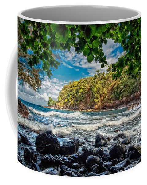 Hawaii Coffee Mug featuring the photograph Little Cove On Hawaii' by Christopher Holmes