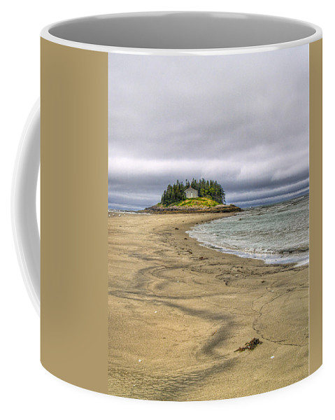 Hdr Coffee Mug featuring the photograph Low Tide In Popham Beach Maine by Tammy Wetzel