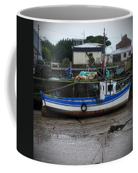 Boat Coffee Mug featuring the photograph Low Tide by Tim Nyberg