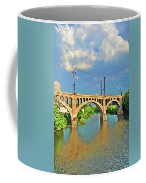 Philadelphia Coffee Mug featuring the photograph Manayunk Bridge by Bill Cannon