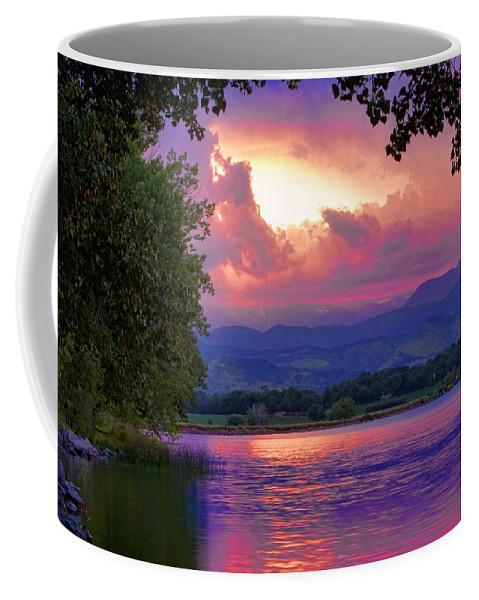 Sunsets Coffee Mug featuring the photograph Mcintosh Lake Sunset by James BO Insogna