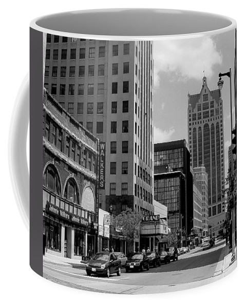 Milwaukee Coffee Mug featuring the photograph Milwaukee Street Scene B-w by Anita Burgermeister