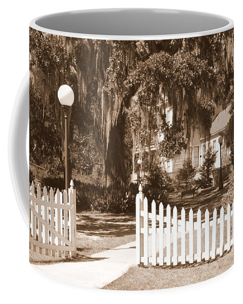 Picket Fence Coffee Mug featuring the photograph Mossy Live Oak And Picket Fence by Carol Groenen