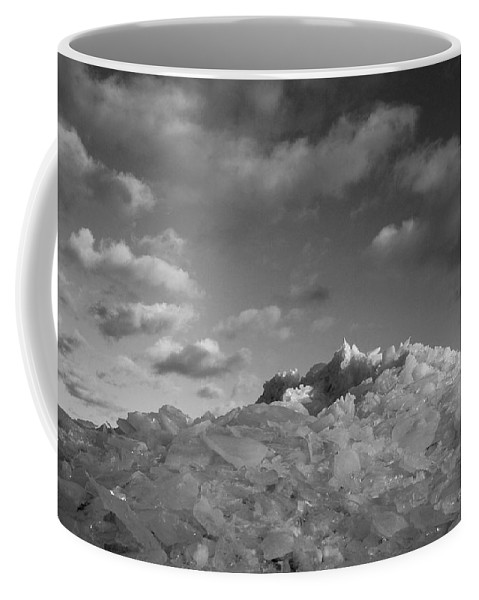 Ice Coffee Mug featuring the photograph Mt. Chilly by Jeff Galbraith