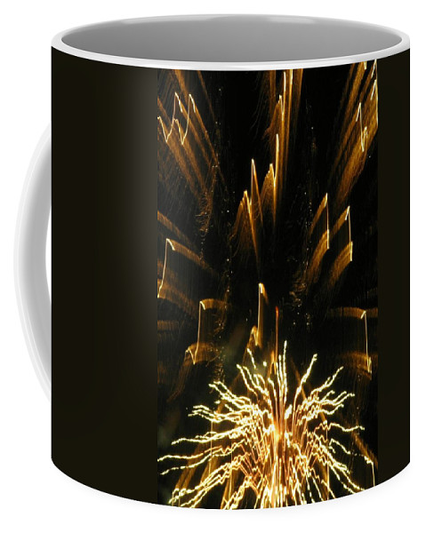 Fireworks Coffee Mug featuring the photograph Music To My Eyes by Rhonda Barrett