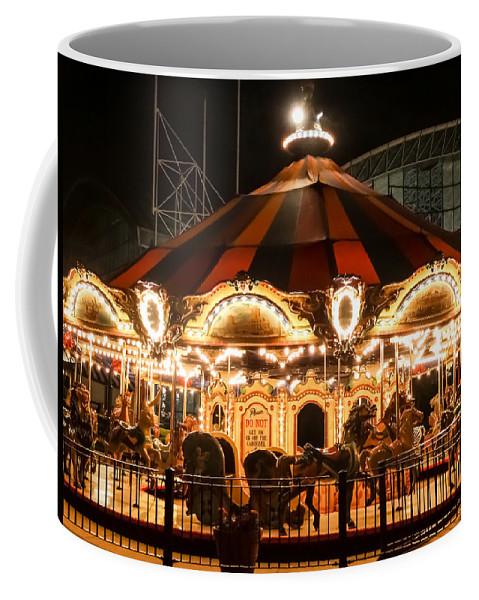 Navy Pier Merry-go-round Chicago Il Coffee Mug featuring the photograph Navy Pier Merry-go-round Chicago Il by Cynthia Woods