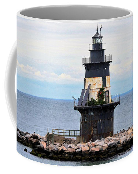 Lighthouses Coffee Mug featuring the photograph New York Lighthouse-3 by Charles HALL