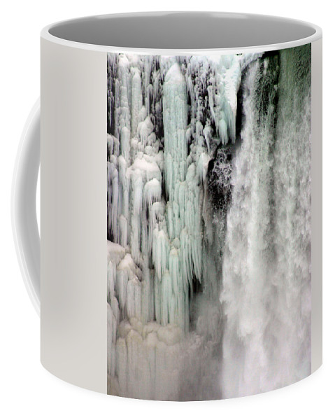Landscape Coffee Mug featuring the photograph Niagara Falls 5 by Anthony Jones