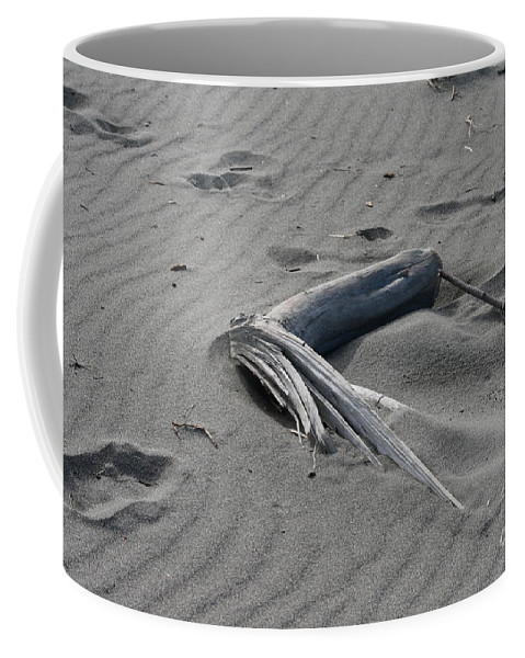 Beach Coffee Mug featuring the photograph Northern Sands by Rick Monyahan