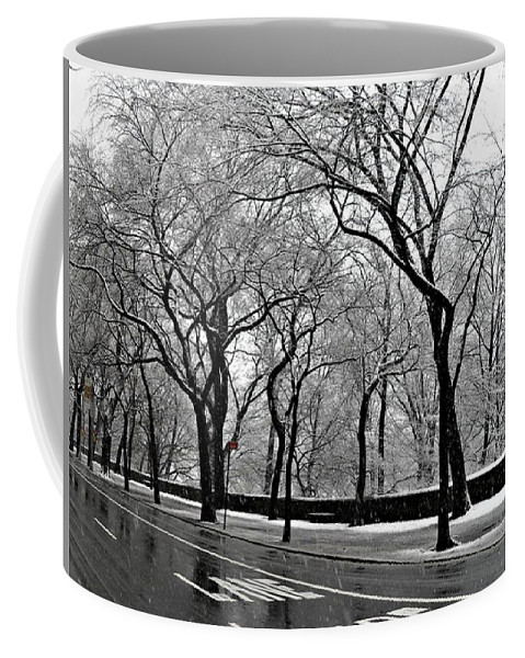 Winter Landscapes Coffee Mug featuring the photograph Nyc Winter Wonderland by Vannetta Ferguson