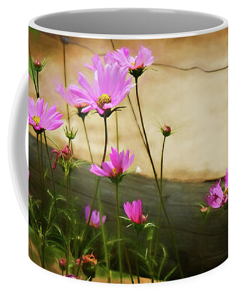 I40 Coffee Mug featuring the photograph Oasis In The Desert by Lana Trussell