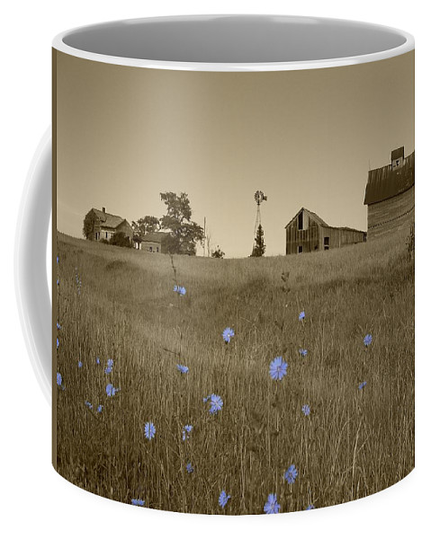 Landscape Coffee Mug featuring the photograph Odell Farm V by Dylan Punke