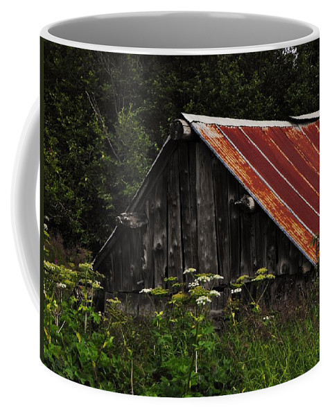 Old Alaskan Shed Coffee Mug featuring the photograph Old Alaskan Shed by Lori Mahaffey