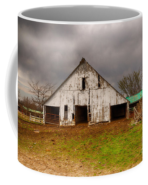 Farm Coffee Mug featuring the photograph Old Barn In The Storm by Terri Morris