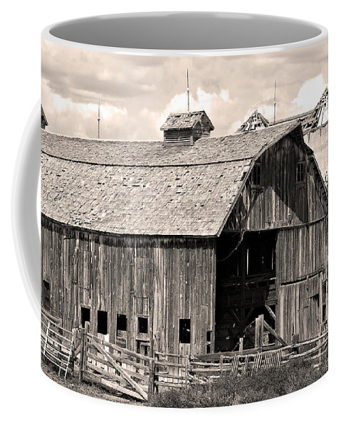 Colorado Coffee Mug featuring the photograph Old Boulder County Colorado Barn by James BO Insogna