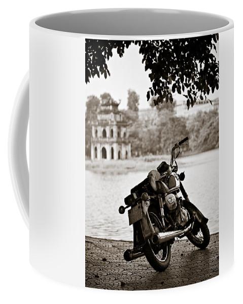 Honda Coffee Mug featuring the photograph Old Honda by Dave Bowman