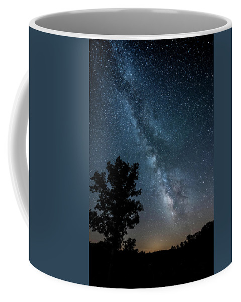 Milky Way Coffee Mug featuring the photograph Ozarks Milky Way by Linda Shannon Morgan