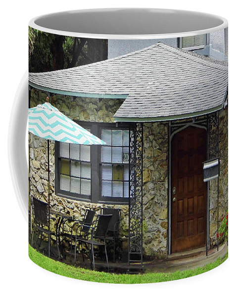 Chert Coffee Mug featuring the photograph Patriotic Chert Home by D Hackett