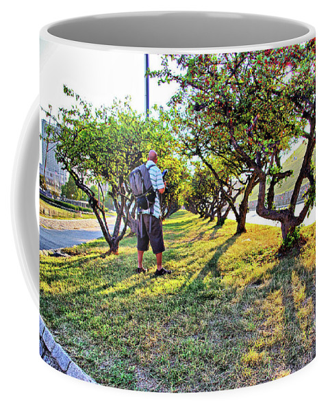 2d Coffee Mug featuring the photograph Photographer by Brian Wallace