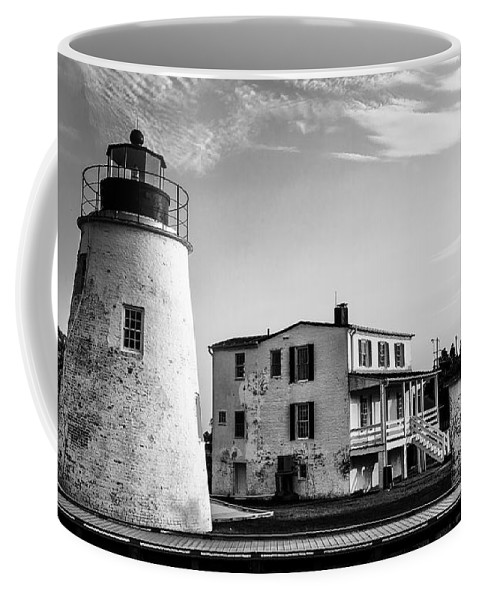Piney Coffee Mug featuring the photograph Piney Point Lighthouse - Mayland - Black And White by Bill Cannon