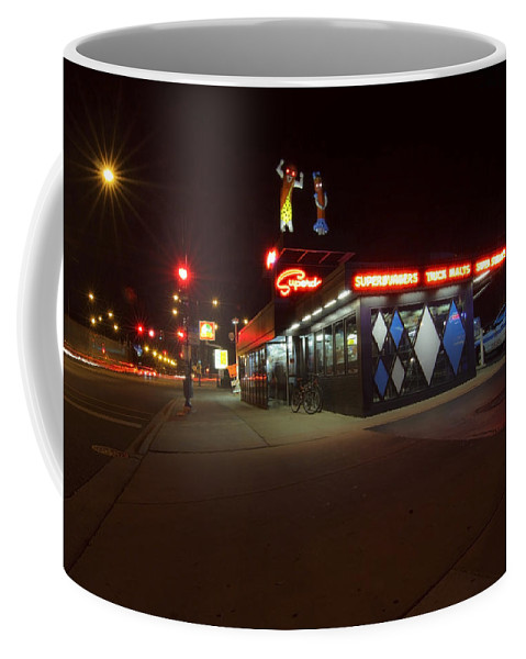 Super Dwangs Coffee Mug featuring the photograph Popular Chicago Hot Dog Stand Night by Sven Brogren