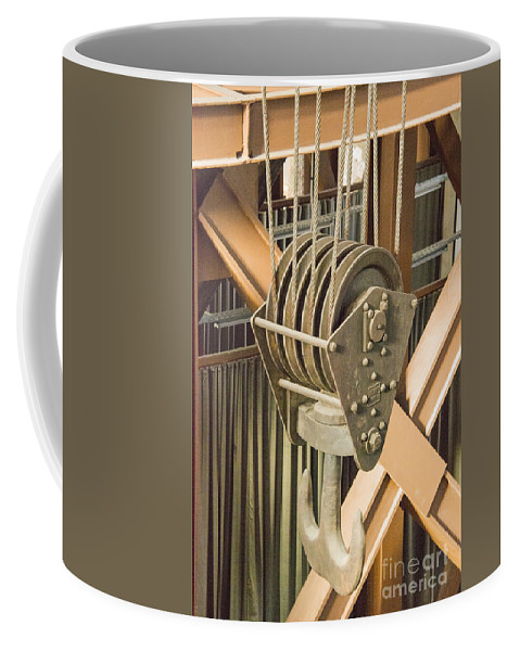 Istanbul Turkey Silahtaraga Power Station Ottoman Electric Company Energy Museum Museum Structure Structures Architecture Pulley Pulleys Machine Machines Machinery Odds And Ends Coffee Mug featuring the photograph Pulley by Bob Phillips