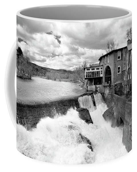 Covered Bridge Coffee Mug featuring the photograph Quechee's Thaw by Greg Fortier