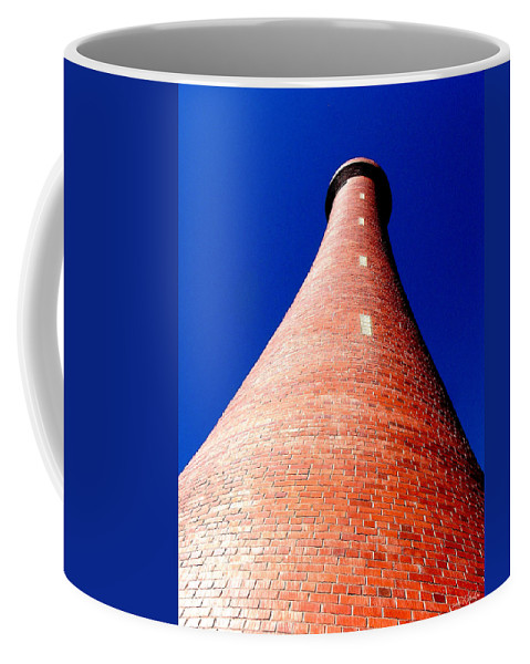 Lighthouse Coffee Mug featuring the photograph Reach For The Sky by Holly Kempe