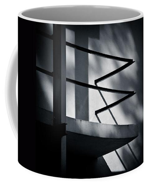 Rietveld Schroderhuis Coffee Mug featuring the photograph Rietveld Schroderhuis by Dave Bowman