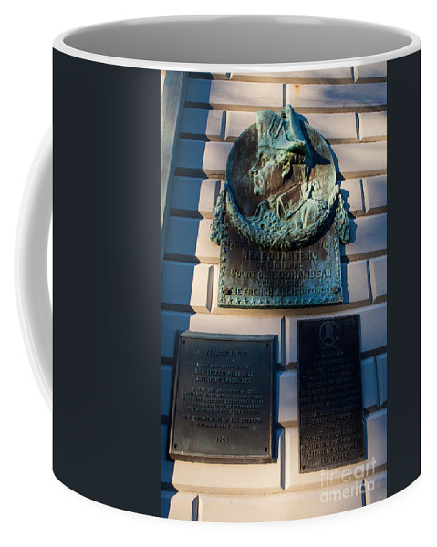 Travel Coffee Mug featuring the photograph Rochambeau Plaques Vernon House Newport Rhode Island by Jason O Watson