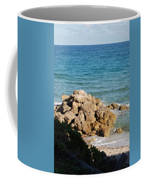 Sea Scape Coffee Mug featuring the photograph Rocky Shoreline by Rob Hans