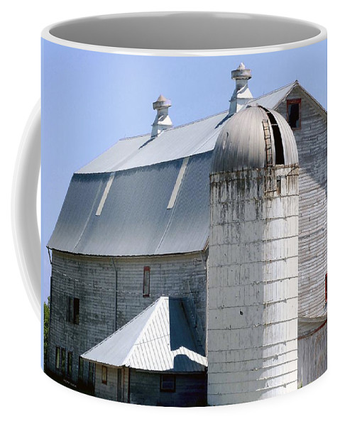 Route Coffee Mug featuring the digital art Route 81 Barn by DigiArt Diaries by Vicky B Fuller