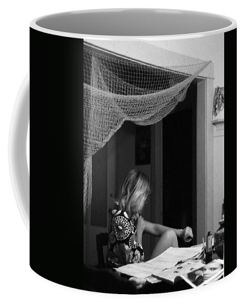 Portrait Coffee Mug featuring the photograph Roz Checks Her Tracks by Lee Santa