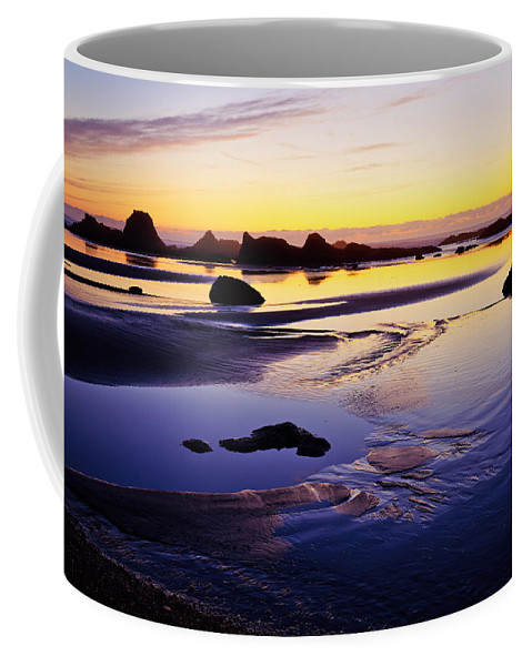 Landscape Coffee Mug featuring the photograph Ruby Beach Yellow Blue by Tim Rayburn