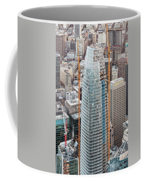 Salesforce Tower Coffee Mug featuring the photograph Salesforce Tower In San Francisco by David Oppenheimer