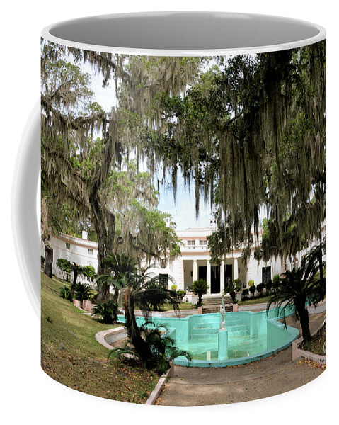 Sapelo Island Coffee Mug featuring the photograph Sapelo Mansion by Katherine W Morse