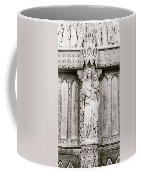 16x9 Coffee Mug featuring the photograph Sculpture Above North Entrance Of Westminster Abbey London Bw by Jacek Wojnarowski