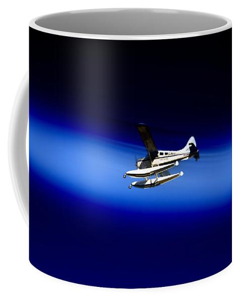 Seaing Coffee Mug featuring the photograph Seaing Airways Flying Over North Head by Miroslava Jurcik