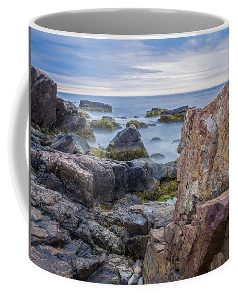 Landscapes Coffee Mug featuring the photograph Serenity by Ajit Pillai
