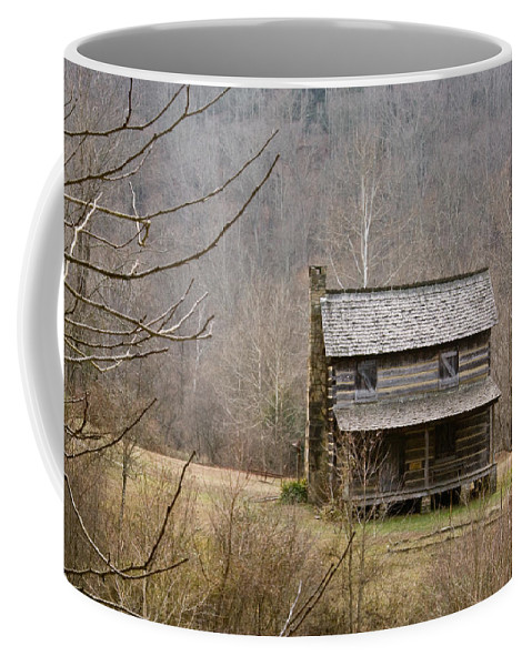 Settlers Coffee Mug featuring the photograph Settlers Cabin In Cades Cove by Douglas Barnett