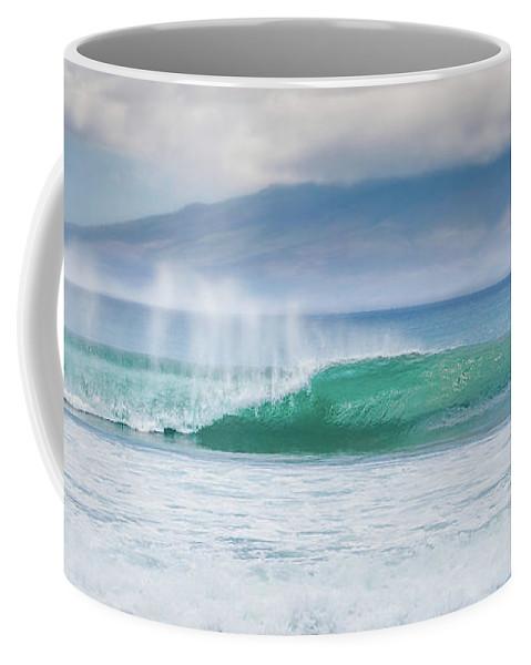 Kauai Coffee Mug featuring the photograph Shorebreak by Jason Dodd
