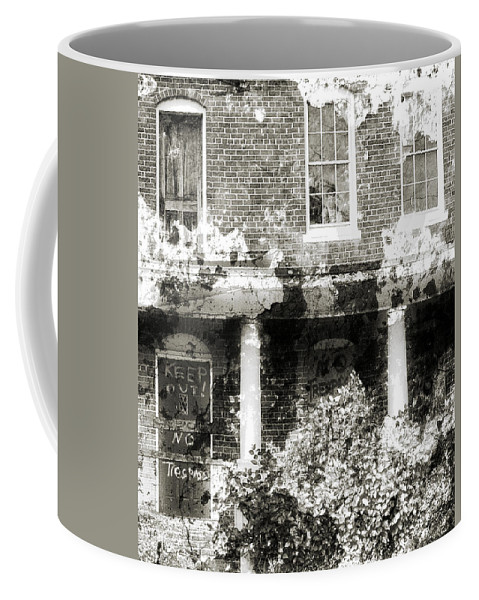Haunting Coffee Mug featuring the photograph Solitary by Richard Rizzo