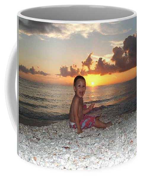 Sunset Coffee Mug featuring the photograph Sonsun by Michelle S White
