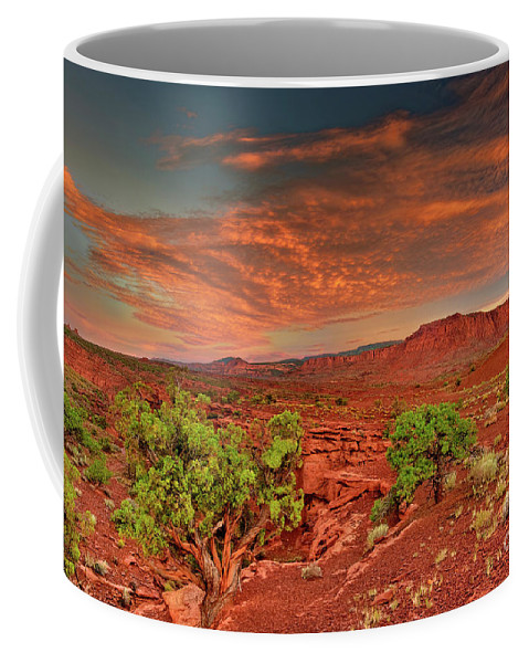 North America Coffee Mug featuring the photograph Sunrise In Capitol Reef National Park Utah by Dave Welling