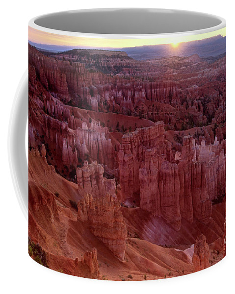 North America Coffee Mug featuring the photograph Sunrise Over The Hoodoos Bryce Canyon National Park by Dave Welling
