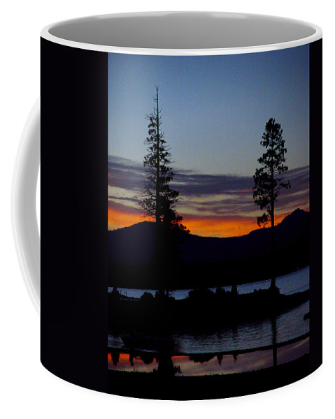 Lake Almanor Coffee Mug featuring the photograph Sunset At Lake Almanor by Peter Piatt