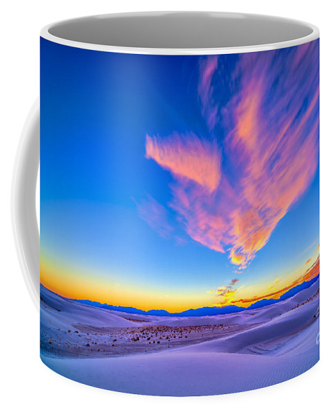 High Dynamic Range Coffee Mug featuring the photograph Sunset Colors Over White Sands National by Alan Dyer