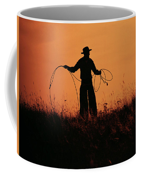 Grandpa Roping Coffee Mug featuring the photograph Sunset Lariat 2 by Ruth Eich