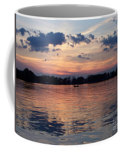 Lake Coffee Mug featuring the photograph Sunset On Lake Mattoon by Kathy McClure
