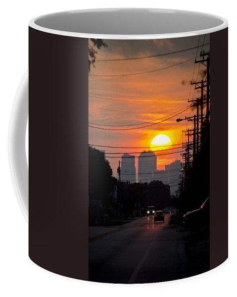 Setting Sun Coffee Mug featuring the photograph Sunset On The City by Carolyn Marshall